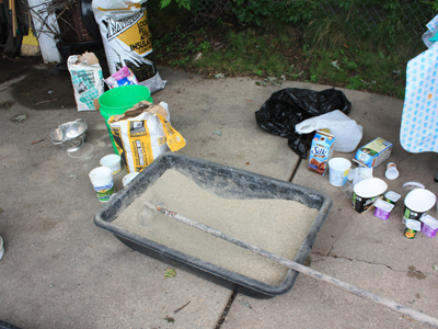 concrete & vermiculite mixed, add water