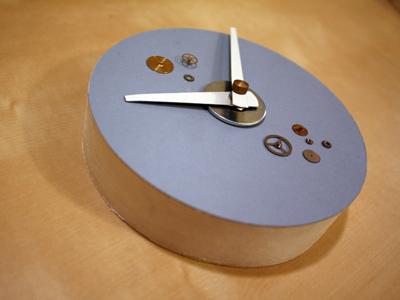 jean's blue clock