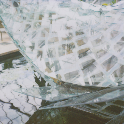 frank gehry's standing glass fish
