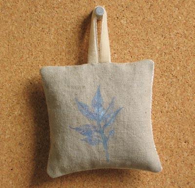 etsy : jewelweeds : lavender blend satchet