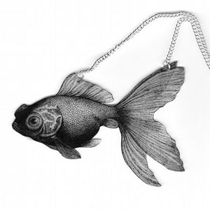 fauna goldfish necklace